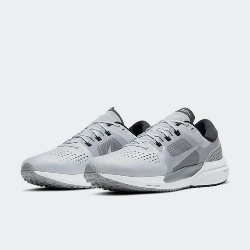 Nike Air Zoom Vomero 15